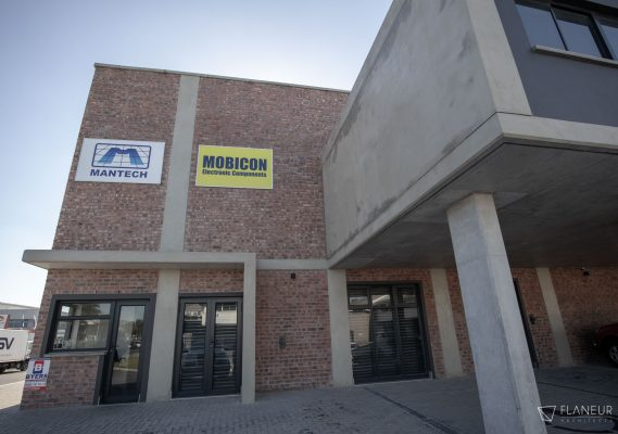 Mantech Warehouse & offices 4
